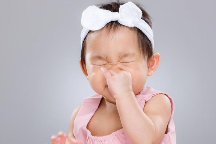 Болит горло кашель насморк но температуры нет что