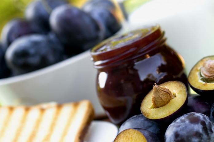 Слива фрукты для беременных 18