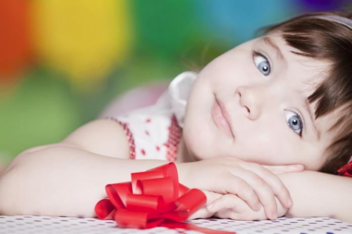 Сонник ребенок с подарком 297