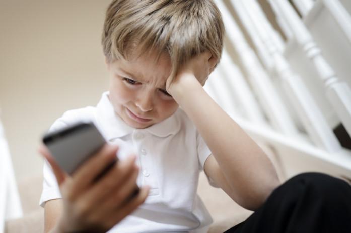 ребенок безопасность телефон