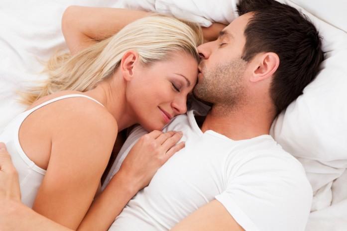 папа в постели секс