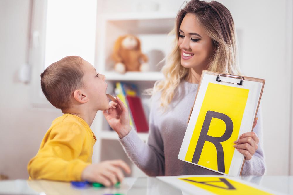 РазговоРить: как научить ребенка выговаривать букву «Р»