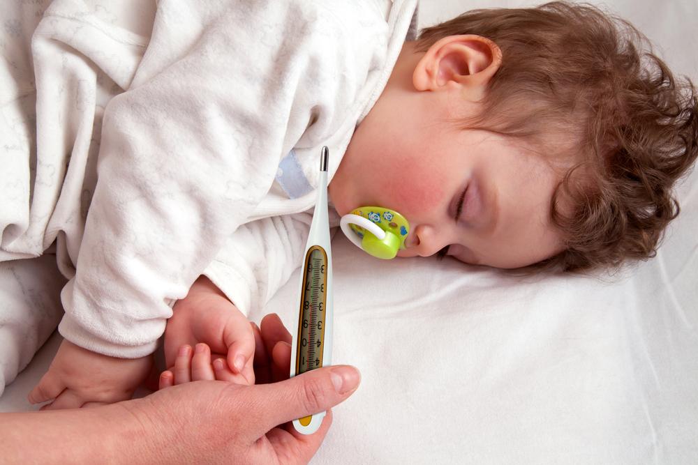 У дитини висока температура