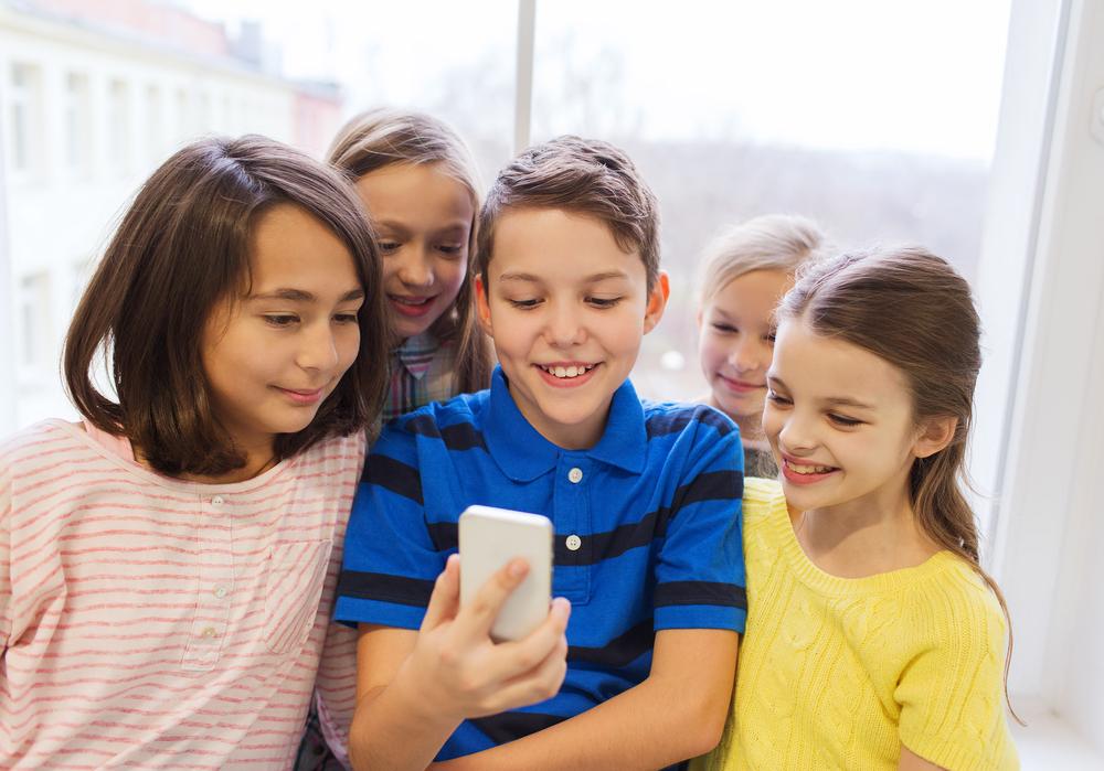 Неповнолітні порно діти как должна сосать