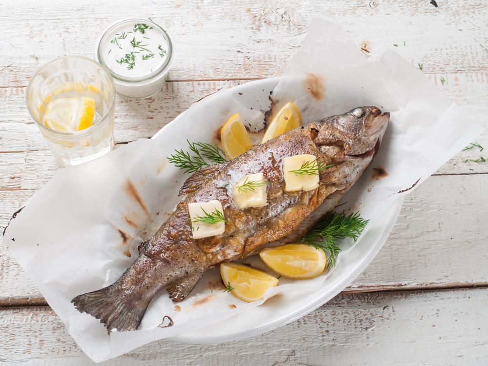 какую рыбу нужно есть при повышенном холестерине