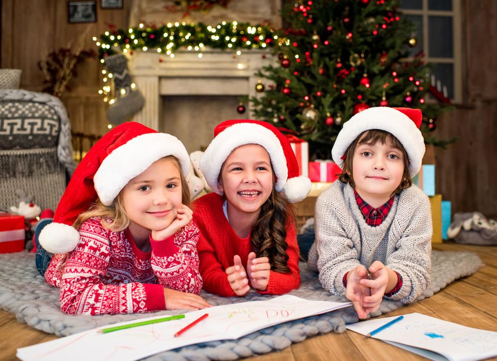 Под Новый год 2018 нужно написать письмо, которое получит Дед Мороз
