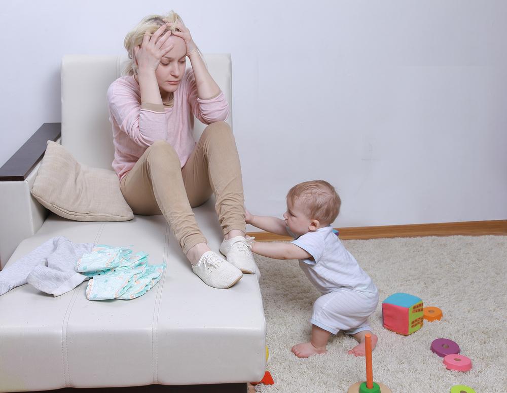 Как помочь молодой маме с депрессией